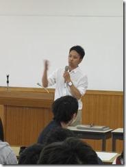 学生に実習の心構えを語る平井清司先生